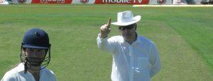 steve-davis-cricket-umpire-slide